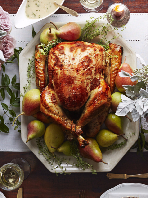 Best Thanksgiving Dinner Recipes -Pear-Thyme Brined Turkey - Easy DIY Desserts, Sides, Sauces, Main Courses, Vegetables, Pie and Side Dishes. Simple Gravy, Cranberries, Turkey and Pies With Step by Step Tutorials http://diyjoy.com/best-thanksgiving-dinner-recipes