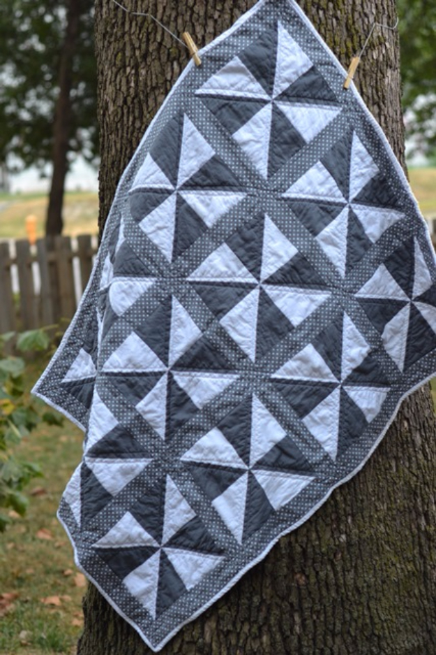 Best Quilting Projects for DIY Gifts - Pinwheel Quilt - Things You Can Quilt and Sew for Friends, Family and Christmas Gift Ideas - Easy and Quick Quilting Patterns for Presents To Give At Holidays, Birthdays and Baby Gifts. Step by Step Tutorials and Instructions
