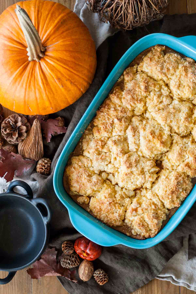 Best Thanksgiving Dinner Recipes - Pumpkin Cobbler - Easy DIY Desserts, Sides, Sauces, Main Courses, Vegetables, Pie and Side Dishes. Simple Gravy, Cranberries, Turkey and Pies With Step by Step Tutorials http://diyjoy.com/best-thanksgiving-dinner-recipes