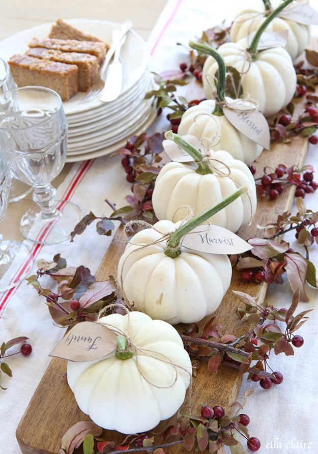 Best Thanksgiving Centerpieces and Table Decor - Pumpkin Leaves Centerpiece - Creative Crafts for Your Thanksgiving Dinner Table. Mason Jars, Flowers, Leaves, Candles and Pumkin Decorations for Your FallHome Decor http://diyjoy.com/best-thanksgiving-centerpieces