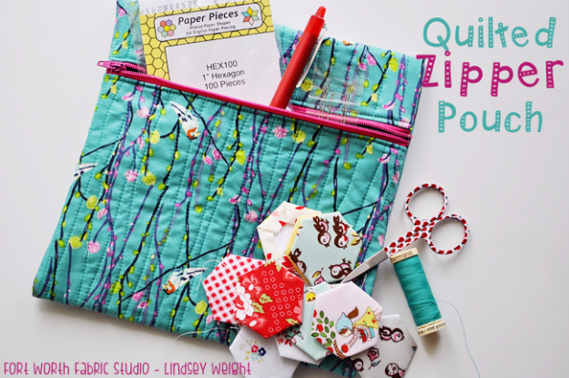 Best Quilting Projects for DIY Gifts - Quilted Zipper Pouch- Things You Can Quilt and Sew for Friends, Family and Christmas Gift Ideas - Easy and Quick Quilting Patterns for Presents To Give At Holidays, Birthdays and Baby Gifts. Step by Step Tutorials and Instructions
