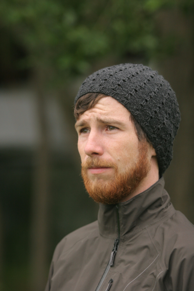 DIY Gifts for Dad - Reversible Biking Hat - Best Craft Projects and Gift Ideas You Can Make for Your Father - Last Minute Presents for Birthday and Christmas - Creative Photo Projects, Gift Card Holders, Gift Baskets and Thoughtful Things to Give Fathers and Dads http://diyjoy.com/diy-gifts-for-dad