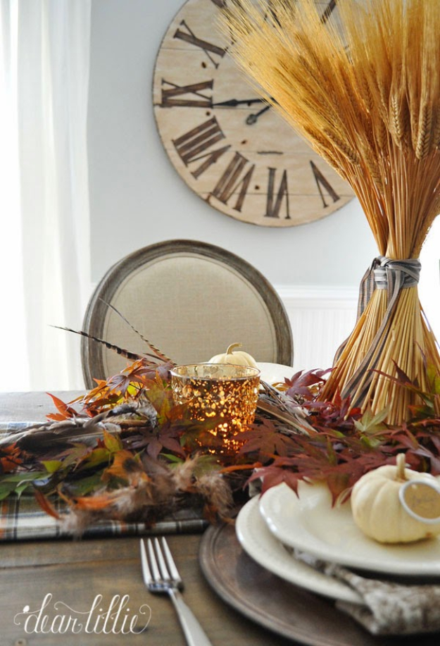 Best Thanksgiving Centerpieces and Table Decor - Simple Thanksgiving Table Setting - Creative Crafts for Your Thanksgiving Dinner Table. Mason Jars, Flowers, Leaves, Candles, Pumpkin Ideas #thanksgiving #diy