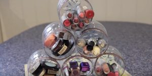 She Recycles Bottles For A Brilliant Organizing Purpose (Easy!)