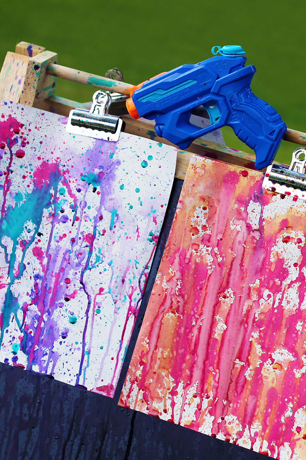 Crafts For Kids To Make At Home - Squirt Gun Painting - Cheap DIY Projects and Fun Craft Ideas for Children - Cute Paper Crafts, Fall and Winter Fun, Things For Toddlers, Babies, Boys and Girls #kidscrafts #crafts #kids