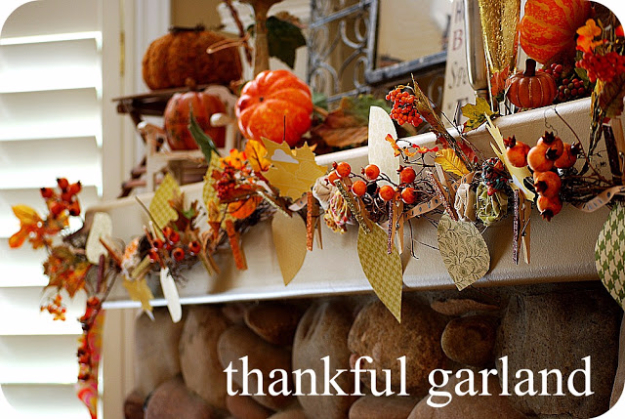 DIY Thanksgiving Decor Ideas - Thankful Garland - Fall Projects and Crafts for Thanksgiving Dinner Centerpieces, Vases, Arrangements With Leaves and Pumpkins - Easy and Cheap Crafts to Make for Home Decor #diy