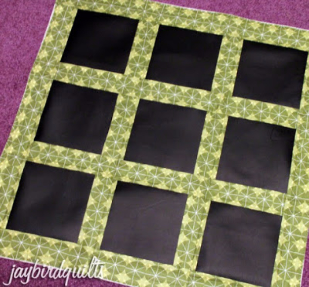 Best Quilting Projects for DIY Gifts - Tic Tac Toe Quilt Mat- Things You Can Quilt and Sew for Friends, Family and Christmas Gift Ideas - Easy and Quick Quilting Patterns for Presents To Give At Holidays, Birthdays and Baby Gifts. Step by Step Tutorials and Instructions