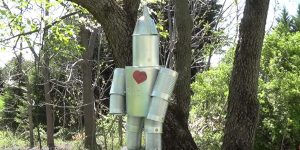 Watch How She Makes The Famous Beloved Tin Man Out Of Recycled Cans!