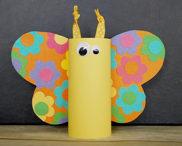 Crafts For Kids To Make At Home - Toilet Paper Tube Butterflies - Cheap DIY Projects and Fun Craft Ideas for Children - Cute Paper Crafts, Fall and Winter Fun, Things For Toddlers, Babies, Boys and Girls #kidscrafts #crafts #kids