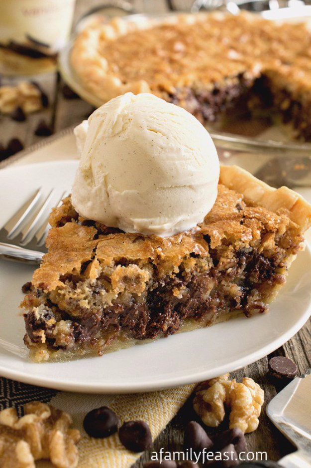 Best Pie Recipes - Toll House Chocolate Chip Pie - Easy Pie Recipes From Scratch for Pecan, Apple, Banana, Pumpkin, Fruit, Peach and Chocolate Pies. Yummy Graham Cracker Crusts and Homemade Meringue #recipes #dessert