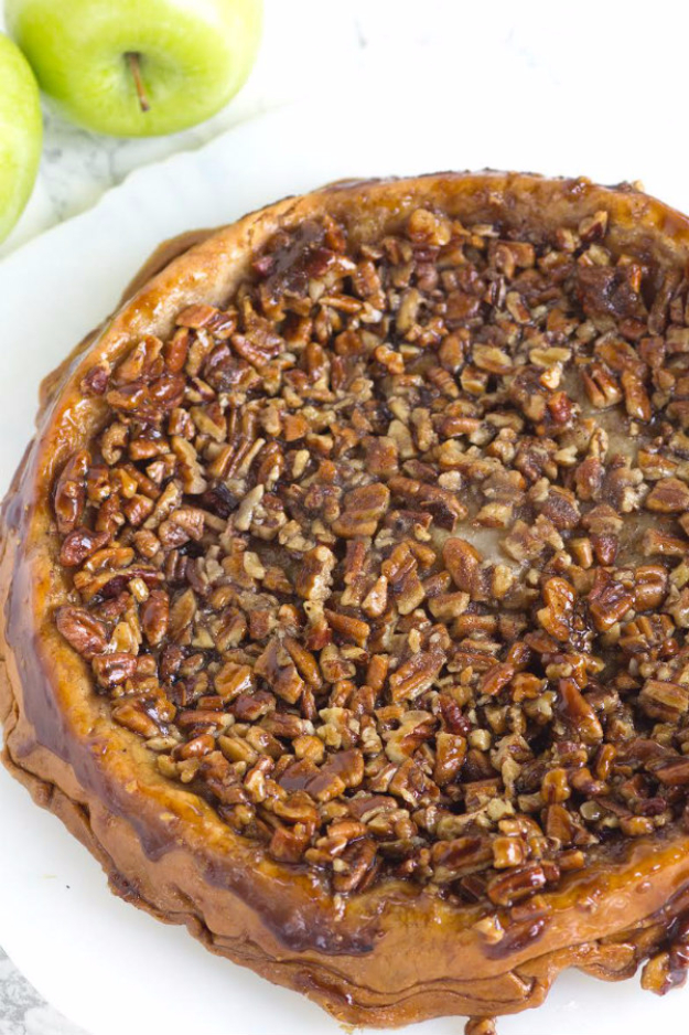 Best Pie Recipes - Upside Down Apple Pecan Pie - Easy Pie Recipes From Scratch for Pecan, Apple, Banana, Pumpkin, Fruit, Peach and Chocolate Pies. Yummy Graham Cracker Crusts and Homemade Meringue #recipes #dessert