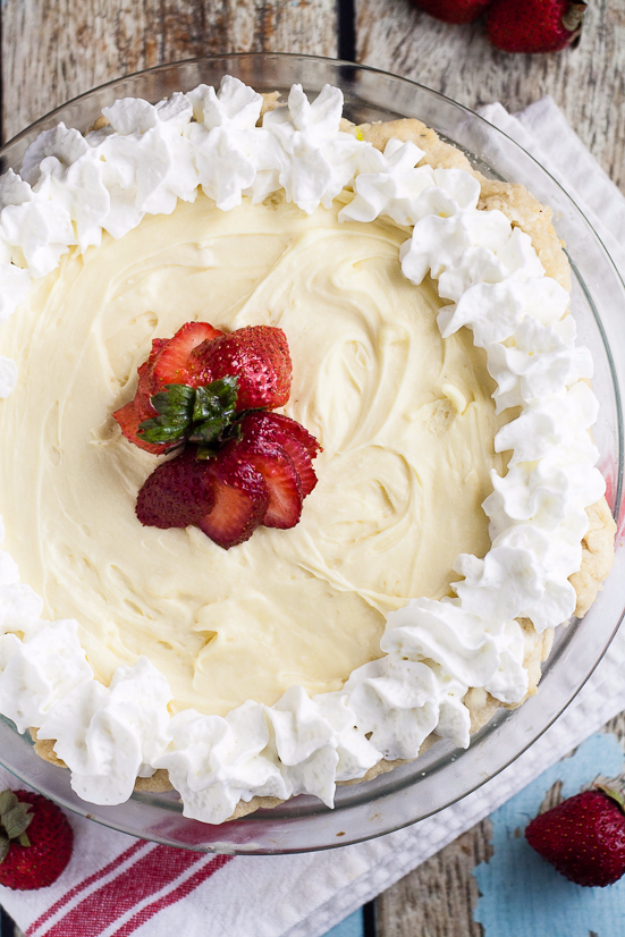 Best Pie Recipes - White Chocolate Silk Pie - Easy Pie Recipes From Scratch for Pecan, Apple, Banana, Pumpkin, Fruit, Peach and Chocolate Pies. Yummy Graham Cracker Crusts and Homemade Meringue #recipes #dessert