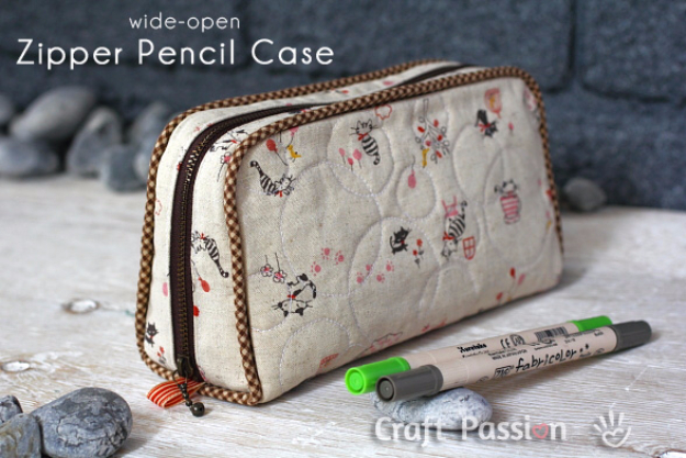 DIY Gifts To Sew For Friends - Wide Open Zipper Pencil Case - Quick and Easy Sewing Projects and Free Patterns for Best Gift Ideas and Presents - Creative Step by Step Tutorials for Beginners - Cute Home Decor, Accessories, Kitchen Crafts and DIY Fashion Ideas #diy #crafts #sewing