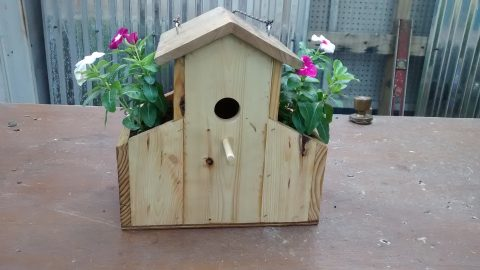 Watch How He Makes This Cool Pallet Bird House And How He Adds Special Planters! | DIY Joy Projects and Crafts Ideas