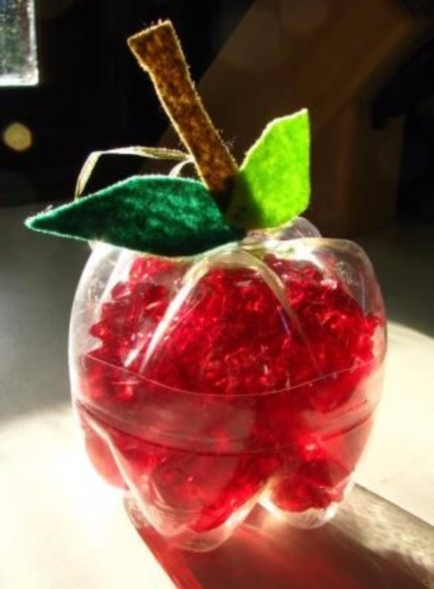Cool DIY Projects Made With Plastic Bottles - Apple Decor From Plastic Bottle - Best Easy Crafts and DIY Ideas Made With A Recycled Plastic Bottle - Jewlery, Home Decor, Planters, Craft Project Tutorials - Cheap Ways to Decorate and Creative DIY Gifts for Christmas Holidays - Fun Projects for Adults, Teens and Kids
