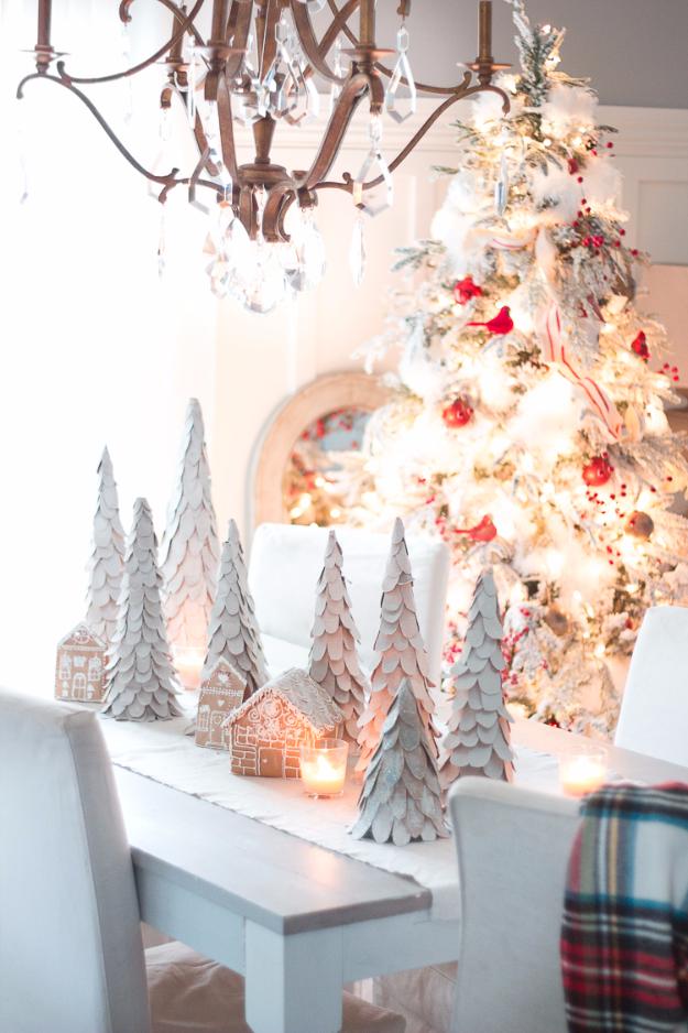 DIY Ideas for Your Christmas Tree Centerpiece - Cardboard Tabletop Christmas Tree - Cool Handmade Ornaments, DIY Decorating Ideas and Ornament Tutorials - Cheap Christmas Home Decor - Xmas Crafts #christmas #diy #crafts