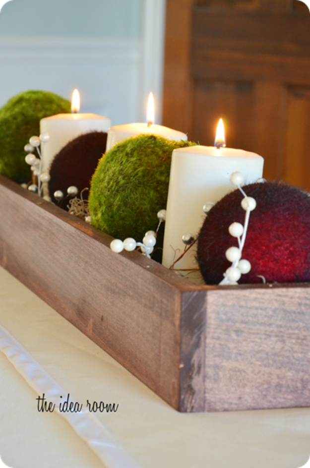 DIY Christmas Centerpieces - Christmas Table Centerpiece - Simple, Easy Holiday Decorating Ideas on A Budget- cheap dollar store crafts holiday #holiday #crafts #christmas