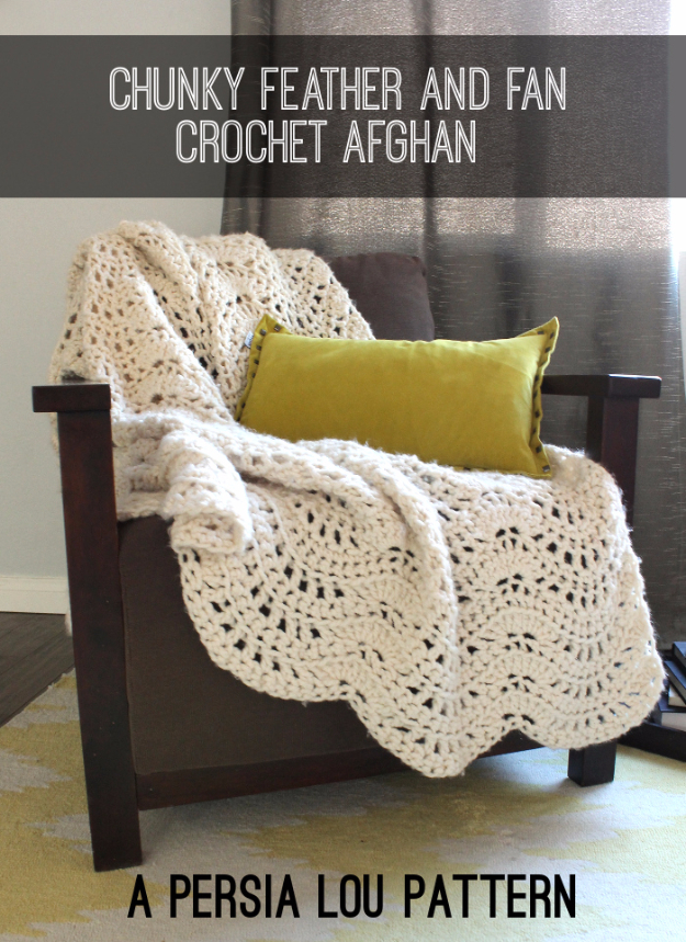 DIY Blankets and Throws - Chunky Feather And Fan Crochet Blanket - How To Make Easy Home Decor and Warm Covers for Women, Kids, Teens and Adults - Fleece, Knit, No Sew and Easy Projects to Make for Bed and Sofa - Creative Blanket Sewing Projects and Crafts http://diyjoy.com/diy-blankets-throws