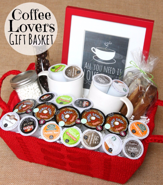 DIY Housewarming Gifts - Coffee Lovers Gift Basket - Best Do It Yourself Gift Ideas for Friends With A New House, Home or Apartment - Creative, Cheap and Quick Crafts and DIY Ideas for Housewarming Presents - Mason Jar Gifts, Baskets, Gifts for Women and Men #diygifts #housewarming #diyideas #cheapgifts