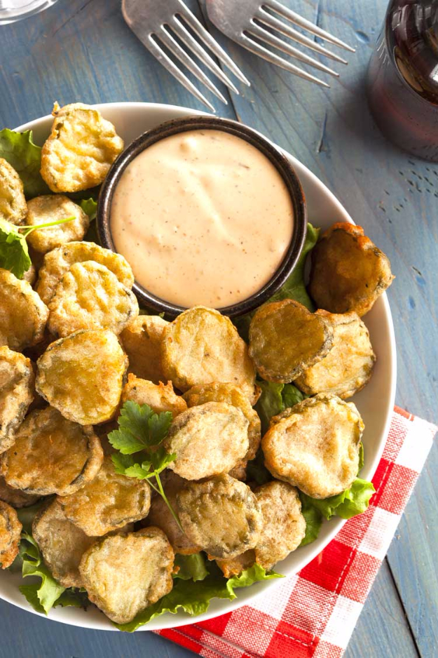 Best Copycat Recipes From Top Restaurants - Copycat Texas Roadhouse Fried Pickles - Awesome Recipe Knockoffs and Recipe Ideas from Chipotle Restaurant, Starbucks, Olive Garden, Cinabbon, Cracker Barrel, Taco Bell, Cheesecake Factory, KFC, Mc Donalds, Red Lobster, Panda Express #recipes #copycat #dinnerideas