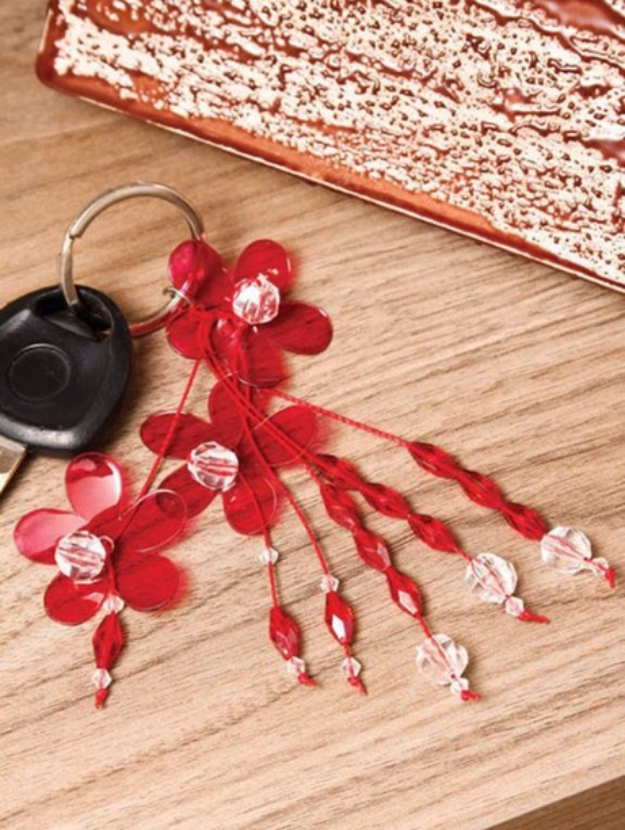 Cool DIY Projects Made With Plastic Bottles - DIY Flower Key Chains From Plastic Bottle - Best Easy Crafts and DIY Ideas Made With A Recycled Plastic Bottle - Jewlery, Home Decor, Planters, Craft Project Tutorials - Cheap Ways to Decorate and Creative DIY Gifts for Christmas Holidays - Fun Projects for Adults, Teens and Kids