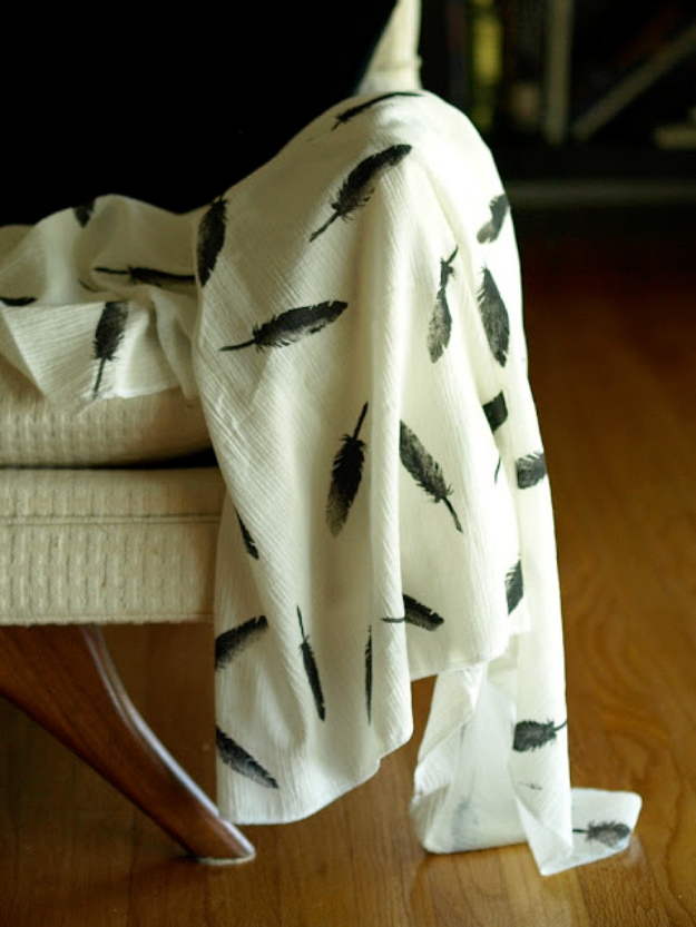DIY Blankets and Throws - DIY Gauze Swaddle Blanket - How To Make Easy Home Decor and Warm Covers for Women, Kids, Teens and Adults - Fleece, Knit, No Sew and Easy Projects to Make for Bed and Sofa
