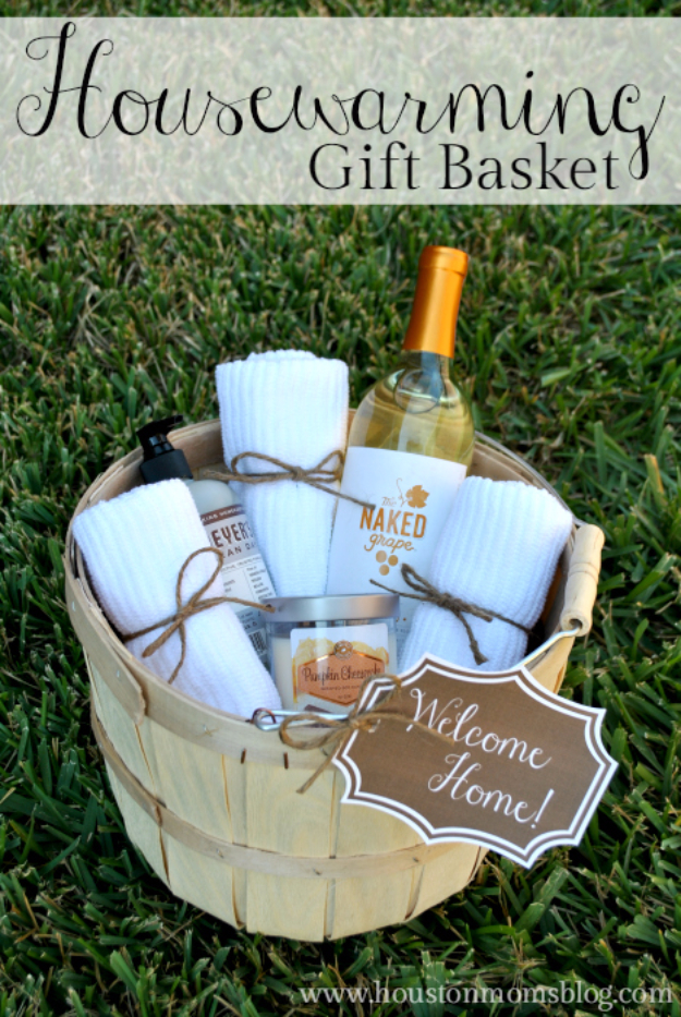 Easy DIY Housewarming Gifts -  DIY Housewarming Gift Basket - Best Do It Yourself Gift Ideas for Friends With A New Apartment