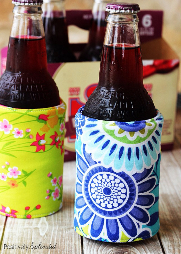 DIY Sewing Projects for the Kitchen - DIY Insulated Beverage Holders - Easy Sewing Tutorials and Patterns for Towels, napkinds, aprons and cool Christmas gifts for friends and family - Rustic, Modern and Creative Home Decor Ideas #sewing #sewingprojects #sewingcrafts #kitchen