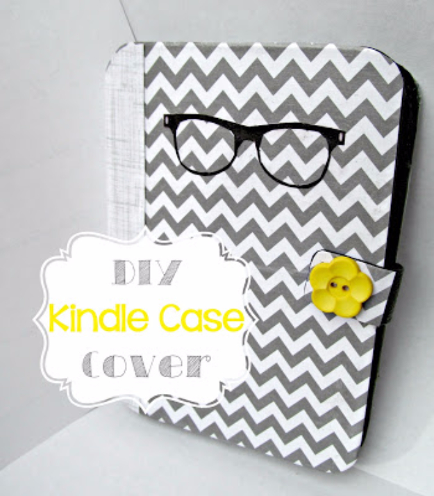 Cool DIY Teacher Gifts - DIY Kindle Case Cover - Cheap and Easy Presents and DIY Gift Ideas for Teachers at Christmas, End of Year, First Day and Birthday - Teacher Appreciation Gifts and Crafts - Cute Mason Jar Ideas and Thoughtful, Unique Gifts from Kids #diygifts #teachersgifts #diyideas #cheapgifts