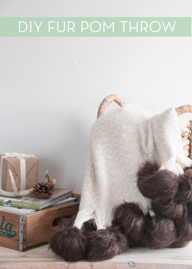DIY Blankets and Throws - DIY Luxe Fur Pom Throw Blanket - How To Make Easy Home Decor and Warm Covers for Women, Kids, Teens and Adults - Fleece, Knit, No Sew and Easy Projects to Make for Bed and Sofa