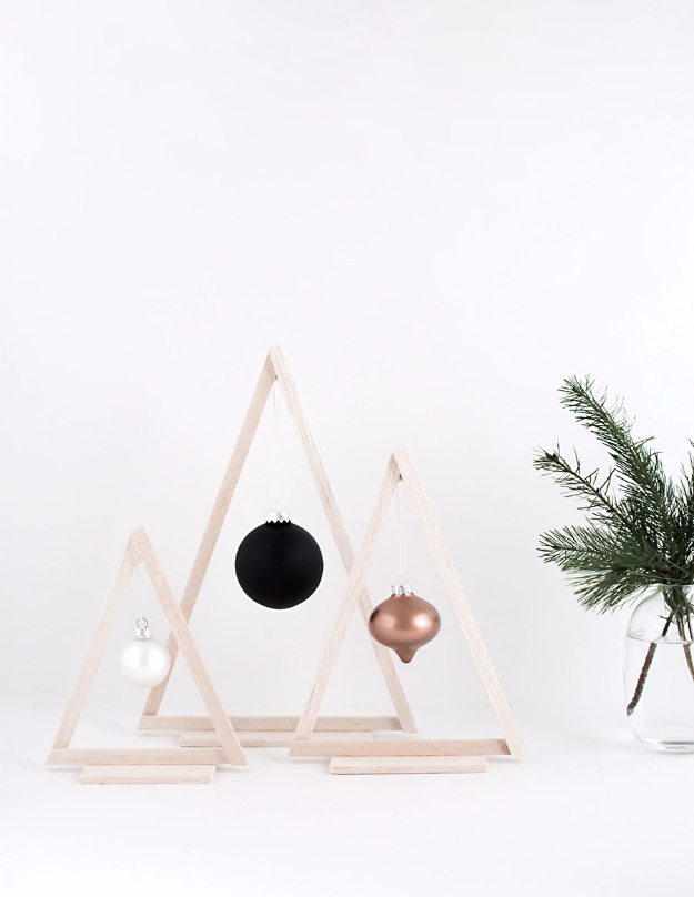 Simple DIY Ideas for Your Christmas Tree - DIY Mini Wood Christmas Trees - Cool Handmade Ornaments, DIY Decorating Ideas and Ornament Tutorials - Cheap Christmas Home Decor - Xmas Crafts #christmas #diy #crafts