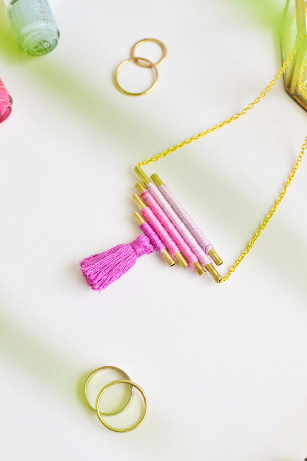 DIY Gifts for Her - Christmas Gift Idea for Neighbor - DIY Ombre Necklace - Cute Mason Jar Crafts, Gift Baskets and Cheap and Easy Gift Ideas to Make for Friends - Do It Yourself Projects You Can Sew and Craft That Make Awesome DIY Gifts and Homemade Christmas Presents
