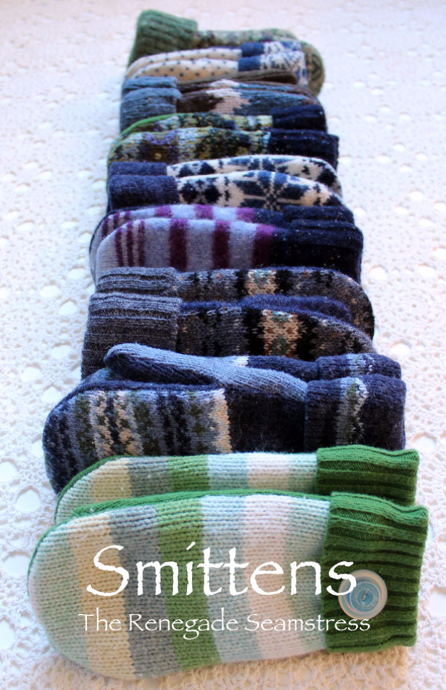 DIY Gift for the Office - DIY Sweater Mittens - DIY Gift Ideas for Your Boss and Coworkers - Cheap and Quick Presents to Make for Office Parties, Secret Santa Gifts - Cool Mason Jar Ideas, Creative Gift Baskets and Easy Office Christmas Presents