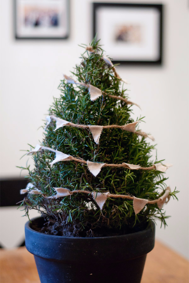 Diy Christmas Tree Table Decoration : Creative christmas centerpieces diy joy