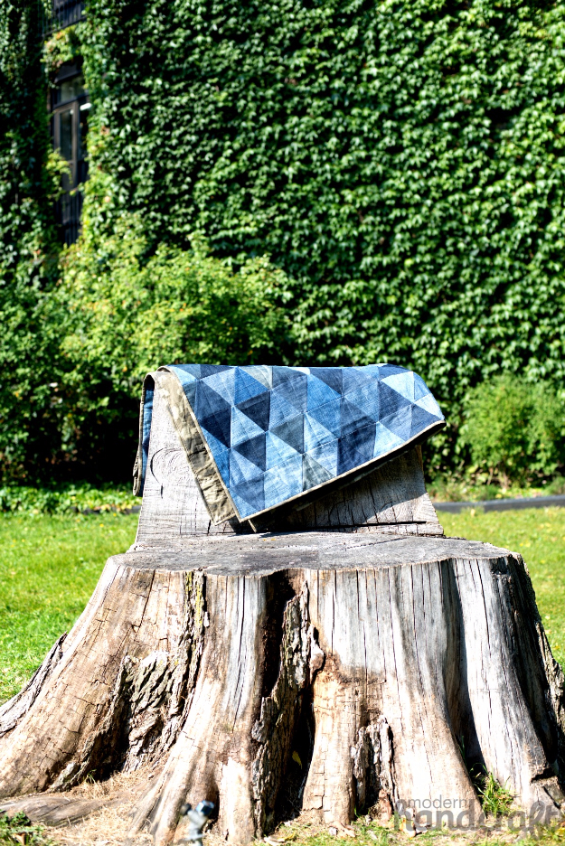 DIY Blankets and Throws - Denim Triangle Quilt - How To Make Easy Home Decor and Warm Covers for Women, Kids, Teens and Adults - Fleece, Knit, No Sew and Easy Projects to Make for Bed and Sofa - Creative Blanket Sewing Projects and Crafts http://diyjoy.com/diy-blankets-throws