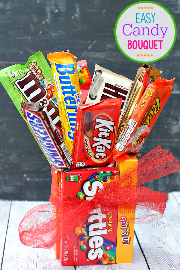 DIY Gift for the Office - Easy Candy Bouquet - DIY Gift Ideas for Your Boss and Coworkers - Cheap and Quick Presents to Make for Office Parties, Secret Santa Gifts - Cool Mason Jar Ideas, Creative Gift Baskets and Easy Office Christmas Presents http://diyjoy.com/diy-gifts-office