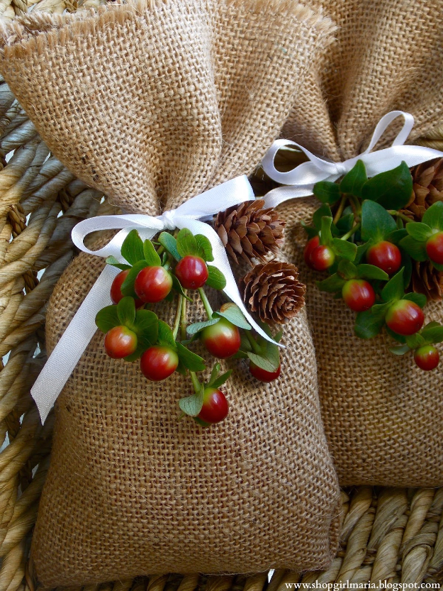 DIY Gift for the Office - Easy DIY Burlap Treat Bags - DIY Gift Ideas for Your Boss and Coworkers - Cheap and Quick Presents to Make for Office Parties, Secret Santa Gifts - Cool Mason Jar Ideas, Creative Gift Baskets and Easy Office Christmas Presents