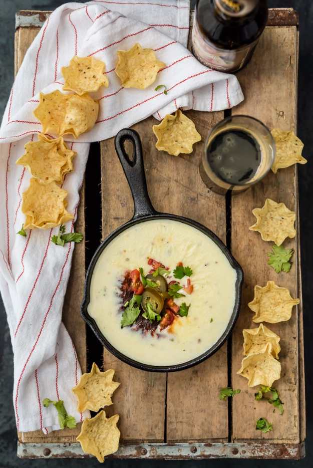 Best Copycat Recipes From Top Restaurants - Easy Restaurant Style White Queso - Awesome Recipe Knockoffs and Recipe Ideas from Chipotle Restaurant, Starbucks, Olive Garden, Cinabbon, Cracker Barrel, Taco Bell, Cheesecake Factory, KFC, Mc Donalds, Red Lobster, Panda Express #recipes #copycat #dinnerideas