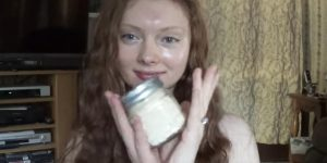 She Makes This Amazing DIY Face Cream For Perfect Skin Results!