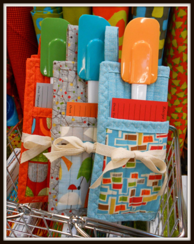 32 Sewing Projects for the Kitchen