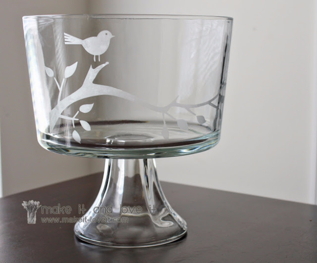 DIY Gifts for Friends - Christmas Gift Idea for Neighbor - - Glass Etched Trifle Bowl - Cute Mason Jar Crafts, Gift Baskets and Cheap and Easy Gift Ideas to Make for Friends - Do It Yourself Projects You Can Sew and Craft That Make Awesome DIY Gifts and Homemade Christmas Presents #diygifts #christmasgifts #xmasgifts