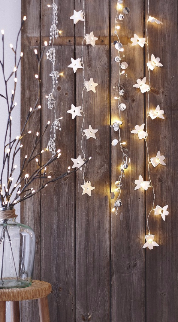 Cool Ways To Use Christmas Lights - Hanging Christmas Lights - Best Easy DIY Ideas for String Lights for Room Decoration, Home Decor and Creative DIY Bedroom Lighting #diy #christmas #homedecor