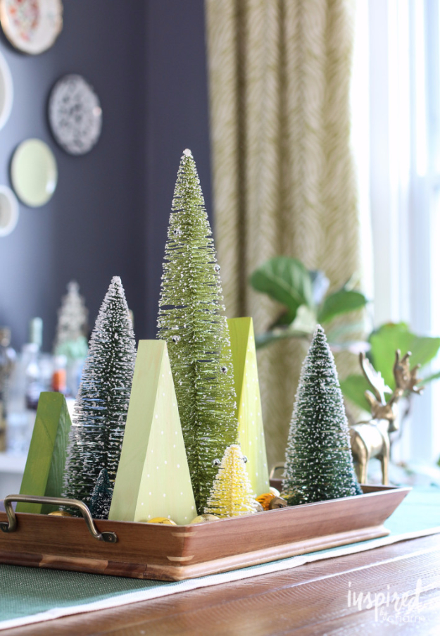 Best DIY Ideas for Wintertime - Holiday Centerpiece - Winter Crafts with Snowflakes, Icicle Art and Projects, Wreaths, Woodland and Winter Wonderland Decor, Mason Jars and Dollar Store Ideas - Easy DIY Ideas to Decorate Home and Room for Winter - Creative Home Decor and Room Decorations for Adults, Teens and Kids #diy #winter #crafts