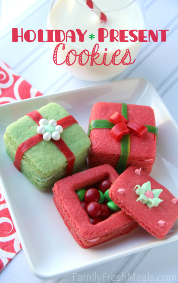 Best Recipes for Christmas Cookies- Holiday Present Cookies - Easy Decorated Holiday Cookies - Candy Cookie Recipes Ideas for Kids - Traditional Favorites and Gluten Free and Healthy Versions - Quick No Bake Cookies and Last Minute Desserts for the Holidays