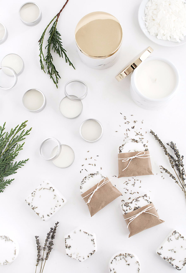 DIY Gift for the Office - Homemade Spa Kit - DIY Gift Ideas for Your Boss and Coworkers - Cheap and Quick Presents to Make for Office Parties, Secret Santa Gifts - Cool Mason Jar Ideas, Creative Gift Baskets and Easy Office Christmas Presents