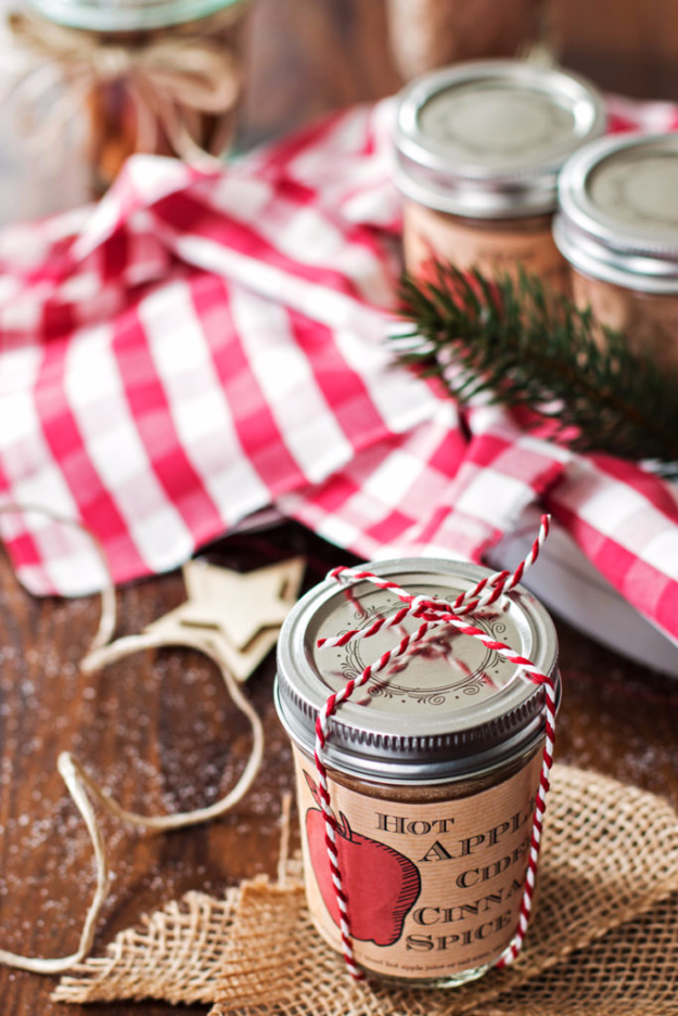 Best DIY Ideas for Wintertime - Hot Apple Cider Cinnamon Mix - Winter Crafts with Snowflakes, Icicle Art and Projects, Wreaths, Woodland and Winter Wonderland Decor, Mason Jars and Dollar Store Ideas - Easy DIY Ideas to Decorate Home and Room for Winter - Creative Home Decor and Room Decorations for Adults, Teens and Kids #diy #winter #crafts