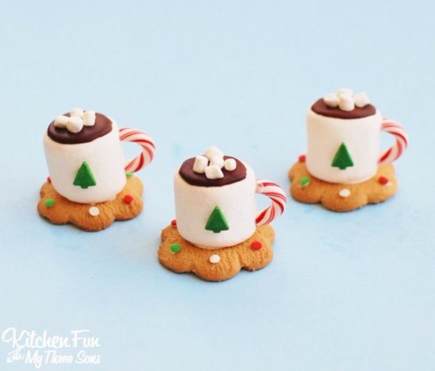 Best Recipes for Christmas Cookies- Hot Cocoa Marshmallow Cookie Cups - Easy Decorated Holiday Cookies - Candy Cookie Recipes Ideas for Kids - Traditional Favorites and Gluten Free and Healthy Versions - Quick No Bake Cookies and Last Minute Desserts for the Holidays