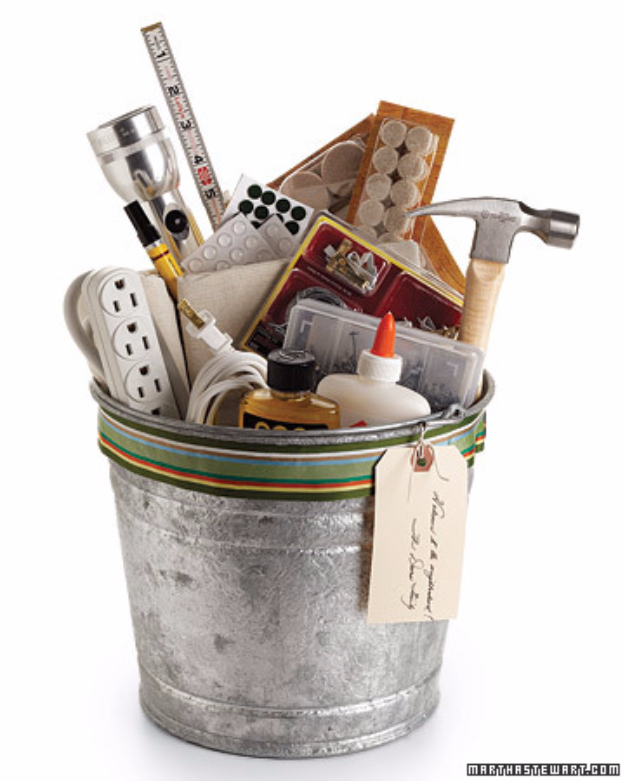DIY Housewarming Gifts - Housewarming Bucket- Best Do It Yourself Gift Ideas for Friends With A New House, Home or Apartment - Creative, Cheap and Quick Crafts and DIY Ideas for Housewarming Presents - Mason Jar Gifts, Baskets, Gifts for Women and Men #diygifts #housewarming #diyideas #cheapgifts