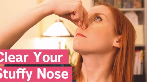 She Shows Us Two Great Ways To Clear A Stuffy Nose! | DIY Joy Projects and Crafts Ideas