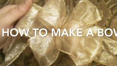 How to Make Gift Bows   DIY Joy Projects and Crafts Ideas